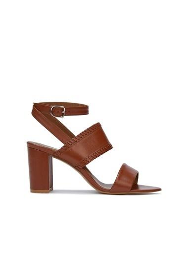 George Hogg 7005304 Kadın Sandalet Taba